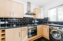 Flat To Let Greenford Road HARROW Middlesex HA1