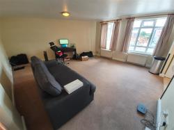 Flat To Let 410 - 420 Rayners Lane  Middlesex HA5