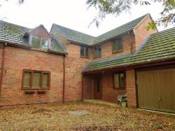 Detached House To Let Geddington KETTERING Northamptonshire NN14