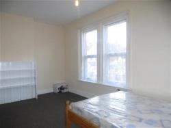 Flat To Let Crofton Avenue YEOVIL Somerset BA21
