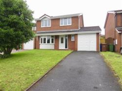 Detached House To Let  CANNOCK Staffordshire WS11
