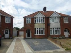 Semi Detached House To Let  IPSWICH Suffolk IP4