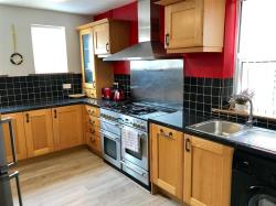 Semi Detached House To Let Sedgley DUDLEY Staffordshire DY3
