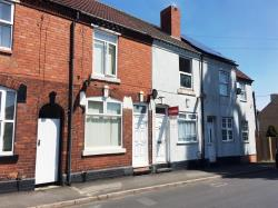 Terraced House To Let  HALESOWEN Worcestershire B62