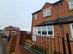 Terraced House To Let  Cradley Heath West Midlands B64