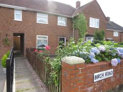 Terraced House To Let  WOLVERHAMPTON Staffordshire WV11