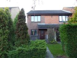 Terraced House To Let Ifield CRAWLEY West Sussex RH11