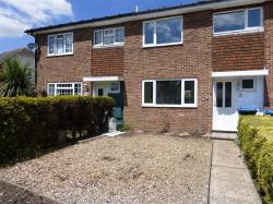 Terraced House To Let  GODSTONE Surrey RH9