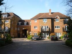 Flat To Let Copthorne CRAWLEY West Sussex RH10