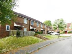 Terraced House To Let  HAYWARDS HEATH West Sussex RH17