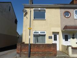 Terraced House To Let  SWINDON Wiltshire SN2