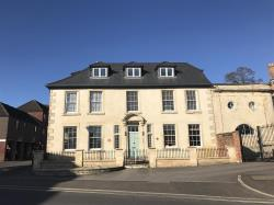 Flat To Let  TROWBRIDGE Wiltshire BA14
