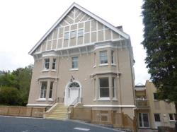 Flat To Let Albert Road North MALVERN Worcestershire WR14