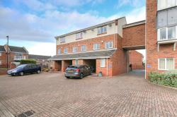 Terraced House To Let Royal Quays Marina North Shields Tyne and Wear NE29