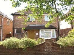Detached House To Let  GODALMING Surrey GU7