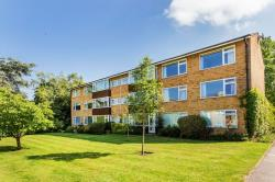 Flat For Sale  Boxgrove West Sussex PO18