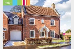 Detached House For Sale  Norwich Norfolk NR11