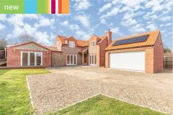 Detached House For Sale  Mundesley, Norwich Norfolk NR11