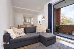 Flat To Let  , Stockwell Greater London SW9