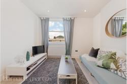 Flat To Let  ,  Greater London W14