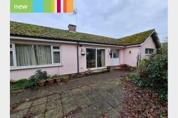 Detached Bungalow To Let   Suffolk NR35