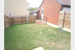 Terraced House To Let  Peterborough Cambridgeshire PE7