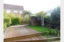 Terraced House To Let   Dorset DT4