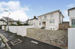 Flat For Sale  Portslade, Brighton East Sussex BN41