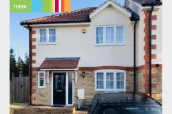 Terraced House To Let   Essex RM1