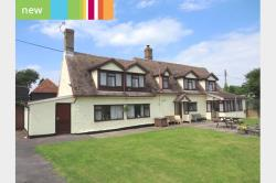 Detached House For Sale  Royston Hertfordshire SG8
