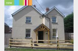 Detached House To Let  Wendover Buckinghamshire HP22