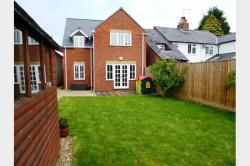 Detached House To Let   Buckinghamshire HP22