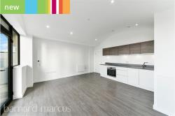 Flat To Let  Whetstone Greater London N20