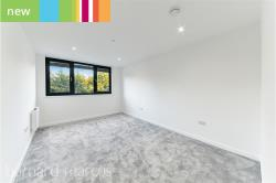 Flat To Let  , London Greater London N20