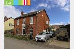 Detached House To Let  Norwich Norfolk NR16