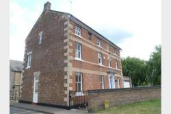 Terraced House To Let  Corby Northamptonshire NN17