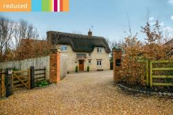 Detached House For Sale  Wellingborough Northamptonshire NN29