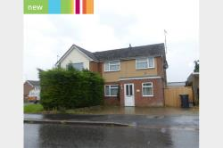 Semi Detached House To Let   Rushden Northamptonshire NN10