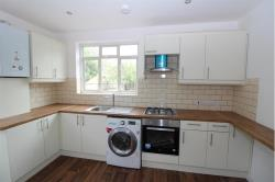 Detached House To Let  Wallington Surrey SM6