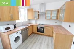 Semi Detached House To Let   Surrey SM6