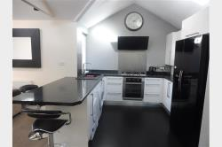 Detached House To Let  Cardiff Glamorgan CF5