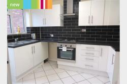 Semi Detached House To Let  Crawley West Sussex RH10