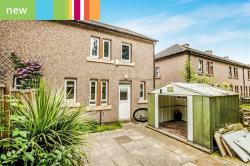 Semi Detached House To Let  Huddersfield West Yorkshire HD4