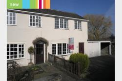 Semi Detached House To Let  Huddersfield West Yorkshire HD8