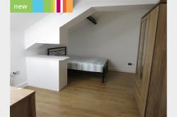 Flat To Let  Huddersfield West Yorkshire HD1