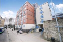 Flat To Let  , Swindon Wiltshire SN1