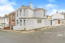 Terraced House For Sale  Plymouth Devon PL4