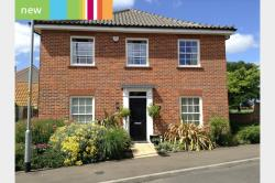 Detached House For Sale  Norwich Norfolk NR12