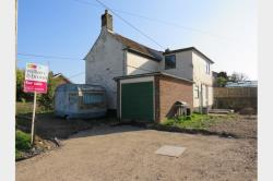 Detached House For Sale  Norwich Norfolk NR14