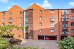Flat For Sale  High Street, Hull East Riding of Yorkshire HU1